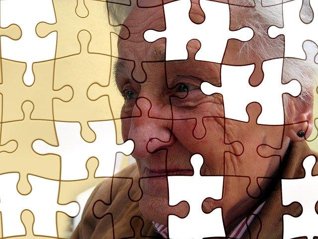 communicate person dementia